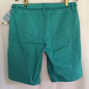 Riders by Lee Shorts - Lee Riders sz 14 Aqua green Bermuda shorts w tag